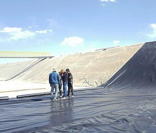 污水处理池施工现场